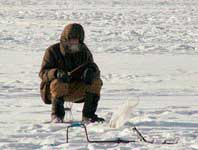 Ловля на поплавочную удочку зимой