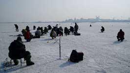 Зимняя ловля окуня