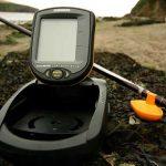 Как правильно выбрать эхолот для рыбалки с берега