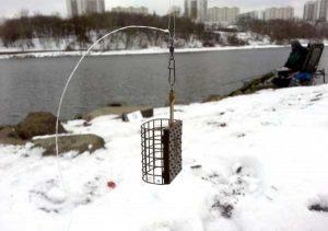 Фидерная ловля в водоемах с течением