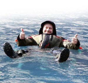 Как выбрать зимний костюм-поплавок для рыбалки
