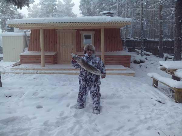 Популярные модели зимних костюмов-поплавков