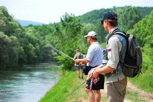Выбор спиннинга для рыбалки с берега